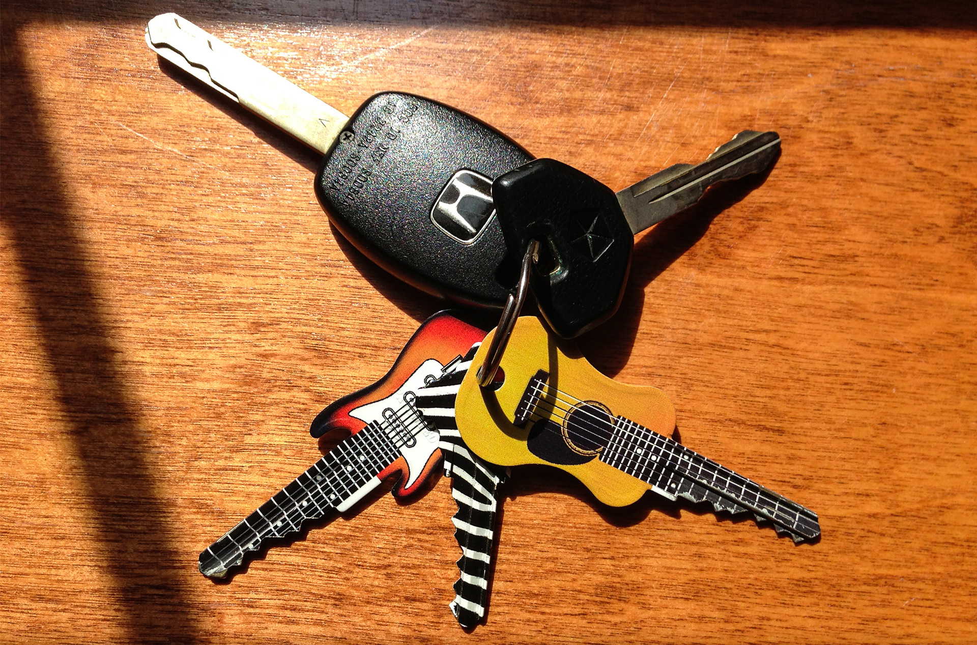 house key. Differentiating One Key From Another Isn\u0027t Easy In The Dark. But I Found Some Keys You Could Easily Identify Even If Were Throes Of A Foggy House